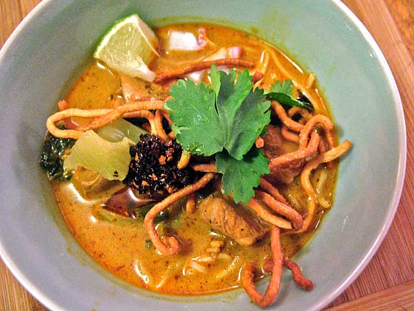 Northern Curry Noodles