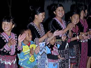 Hmong entertainers