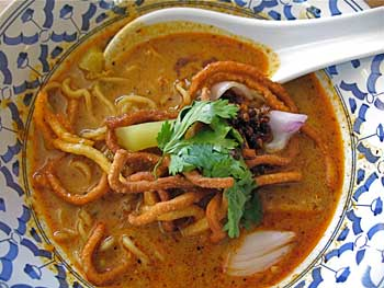 Chiang Mai-Style Curry Noodleso