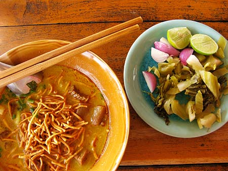 Chiang Mai-style Curry Noodles and condiments