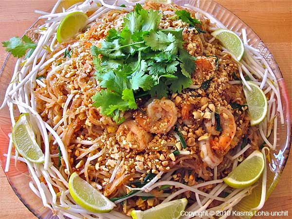 Pad thai recipe pad thai noodles forumfinder Image collections
